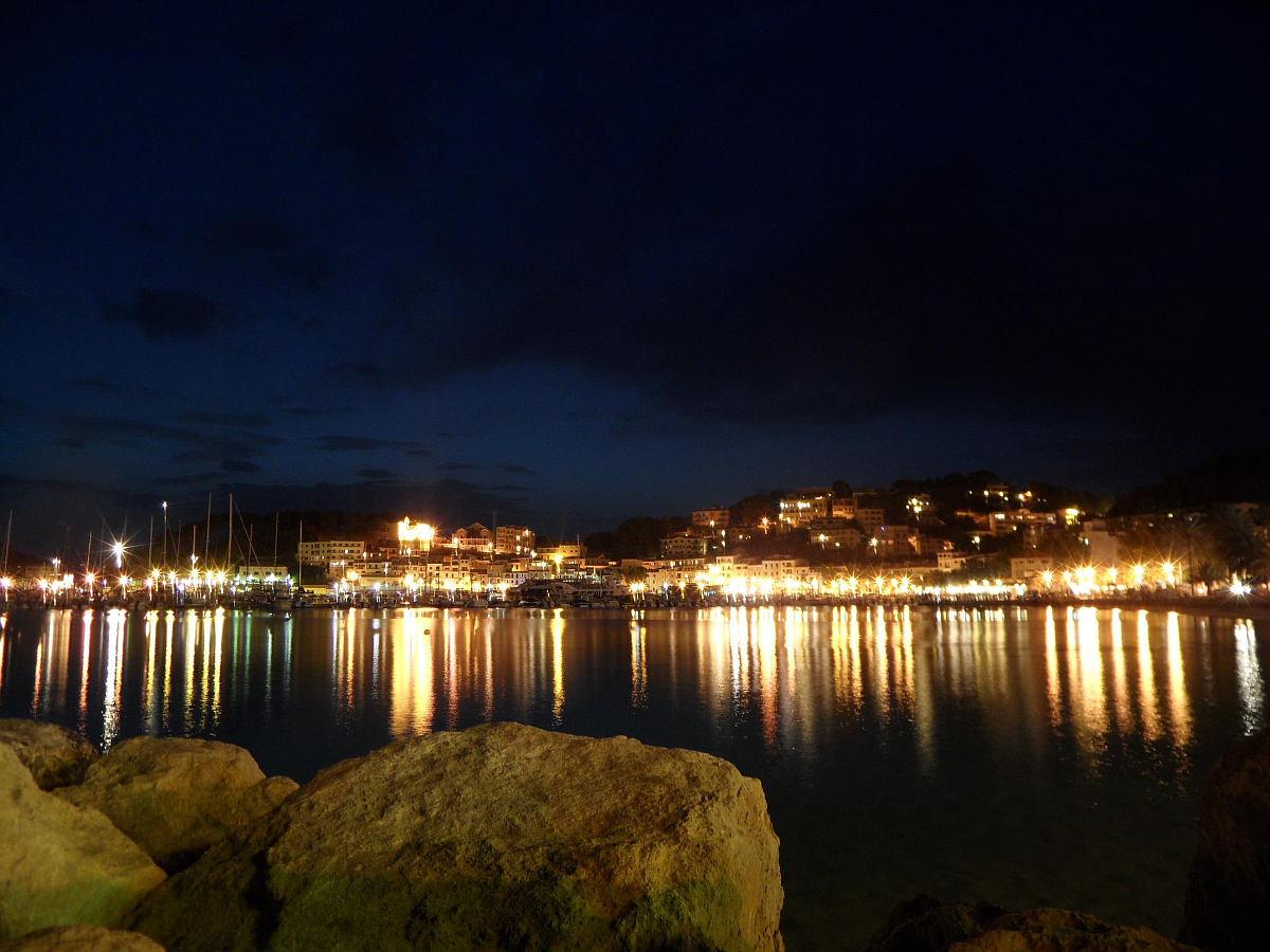 Port de Sóller am Abend