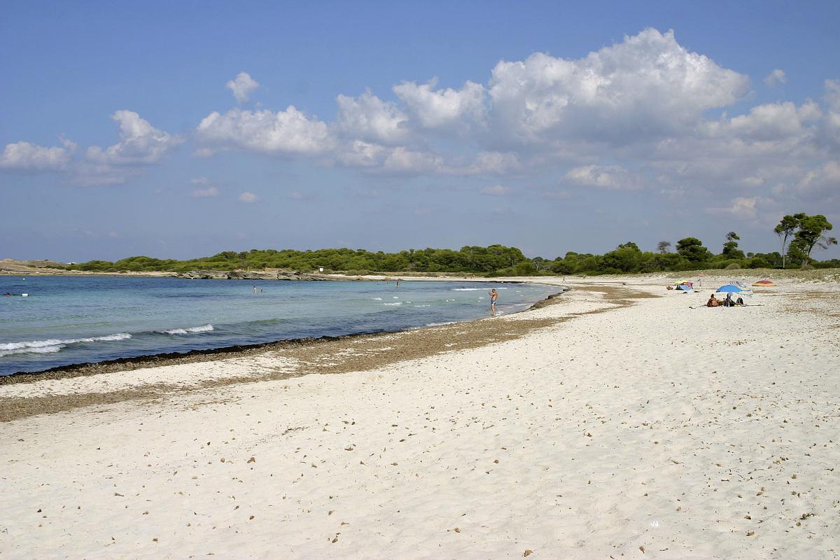 Strand Es Caragol
