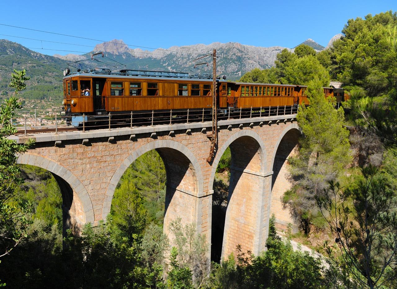 """Tren de Sóller / """"Rote Blitz"""""""