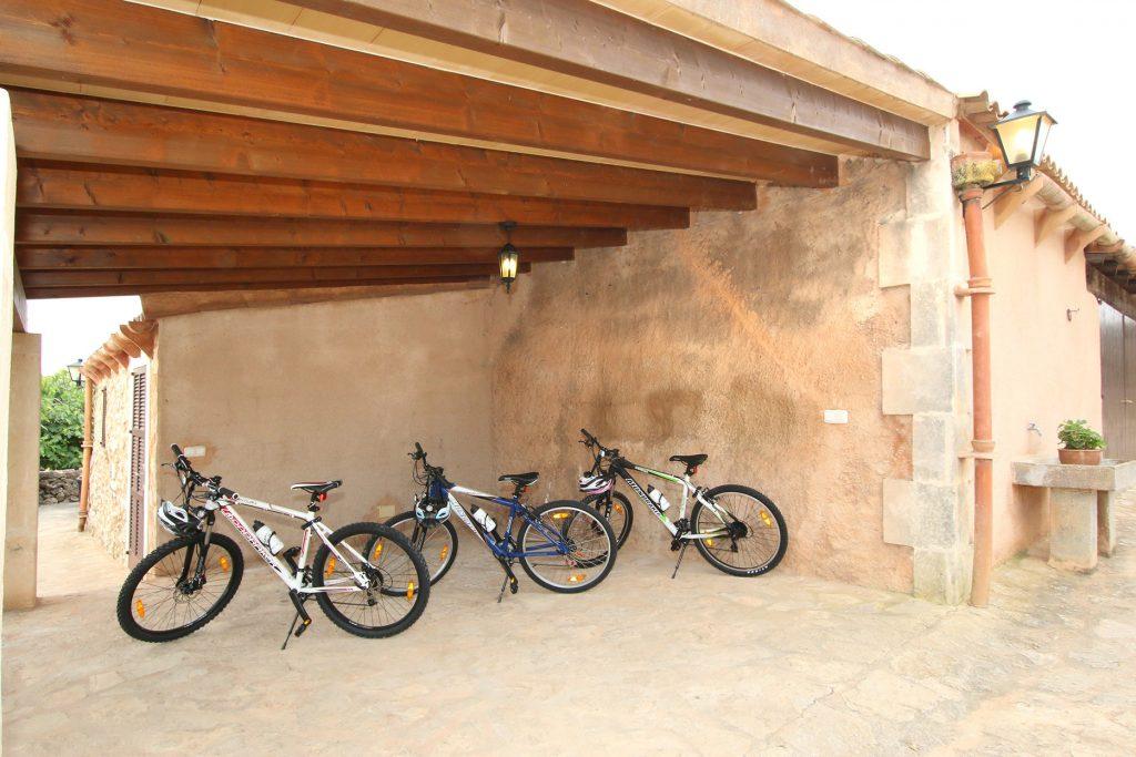 3 Fahrräder/Mountainbikes für die Gäste